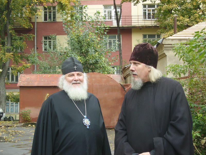 Посещение храма Архиепископом Арсением