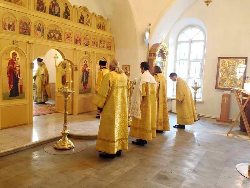 Всенощное бдение в день памяти святителя Димитрия