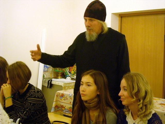 встреча молодых прихожан - любителей поэзии